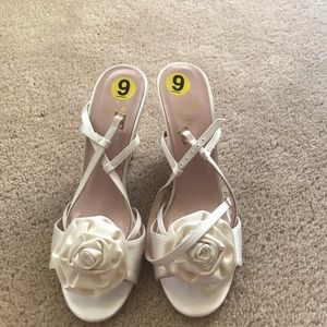 Brand new kate spade satin white shoes!